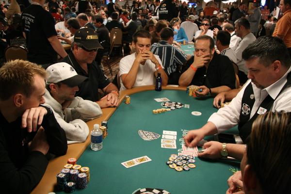 Las 7 partidas privada... Tobey Maguire Poker