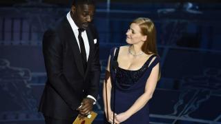 Idris Elba y Jessica Chastain estarán en Molly's Bloom