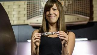 Kristen Bicknell, con su segundo brazalete