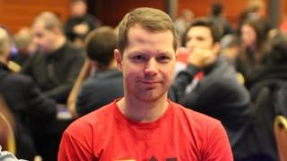 Jonathan Little posa para PokerListings durante el EPT de Praga