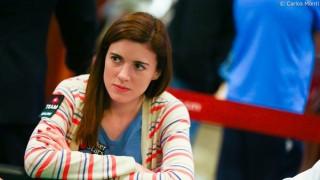 Celeste Oroná también juega torneos de poker en vivo