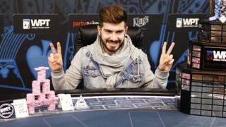 Javier Gómez celebra el título de la WPT