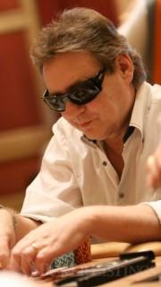 John Gale, nominado para el Living Legend