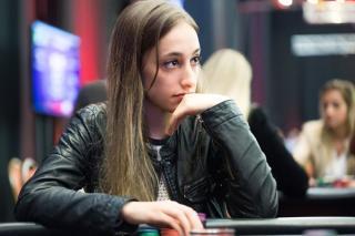 Pamsi, también disputa torneos en vivo