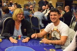 Marina Rivas estuvo sentada junto a Mladen Ivanov