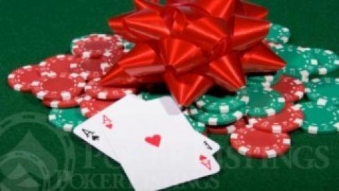 Juega bien al poker y gana premios y fichas