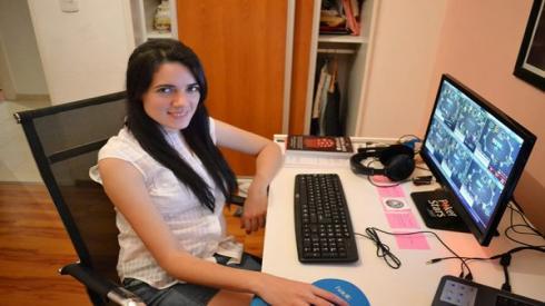 Celeste Oroná tiene programado en su canal varias emisiones al mes
