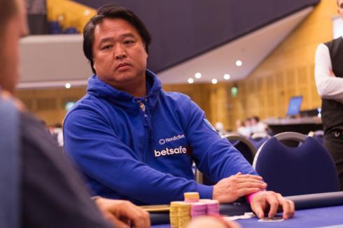 Robert Sverre Eik en la mesa final.
