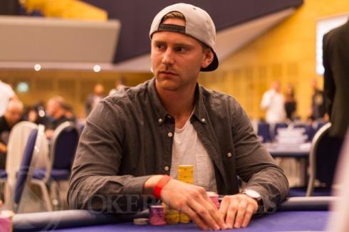 Rasmus Eriksson es N9 BoM