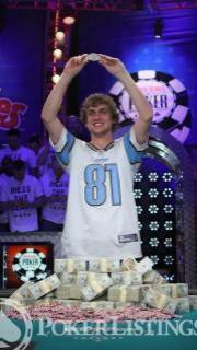 Ryan Riess Wins 2013 WSOP Main Event 19