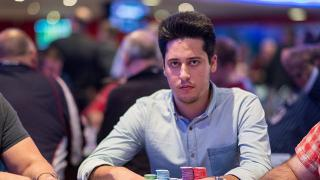 Adrian Mateos9