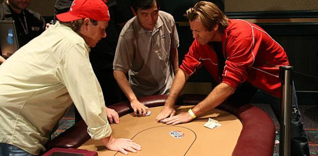5 juegos de poker que se pueden jugar en 5 minutos (o menos)