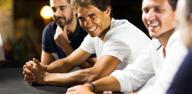 Nadal recupera energías disfrutando de barbacoa y poker con sus amigos
